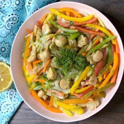 - Crunchy Vegetable Salad with Marinated Mushrooms azcookbook 400x400 - Yerkökü salatı