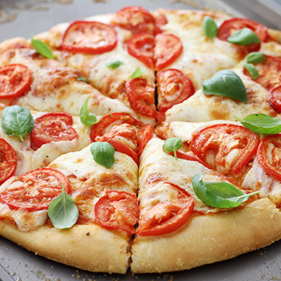 - marqarita pizza resept 400x400 - Şuba salatı